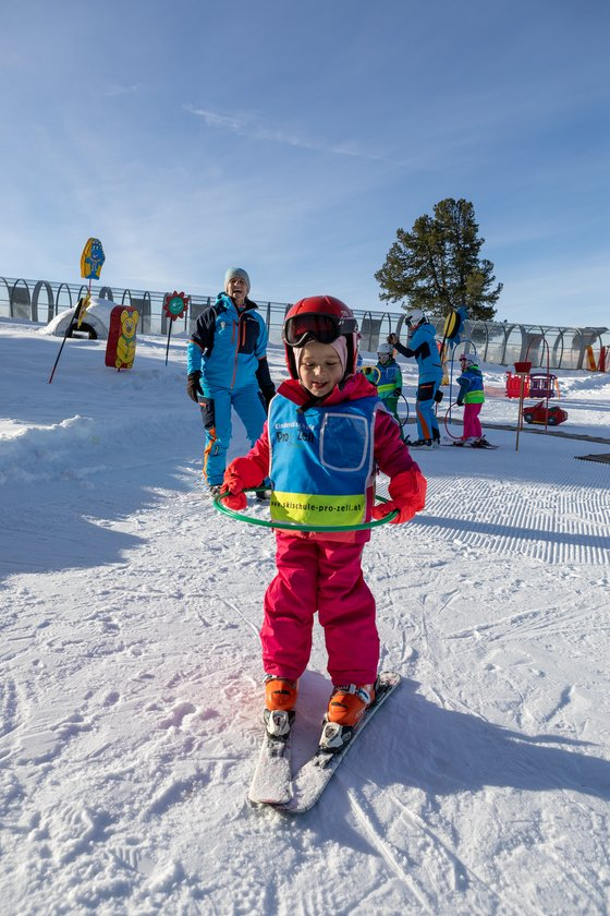 Children's ski course at Skischule Pro Zell